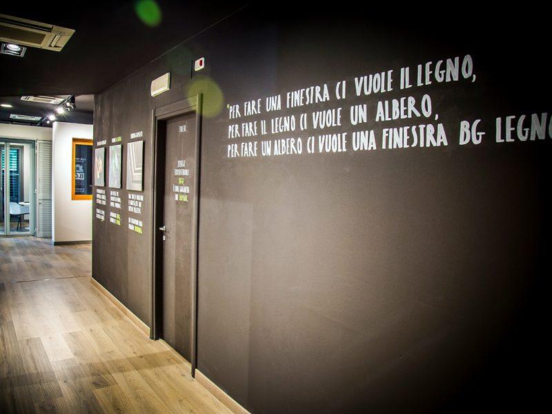 BG Legno Factory Store ad Arezzo Berneschi infissi