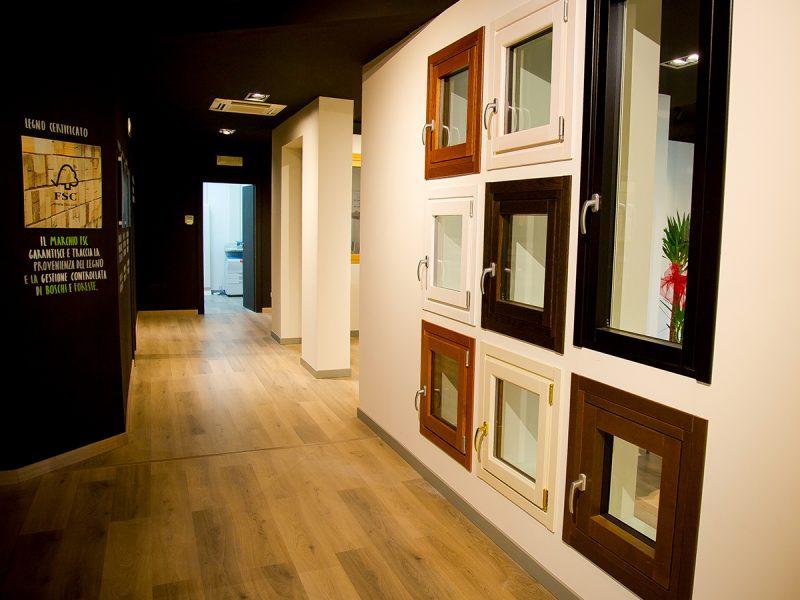 Finestre e finestre scorrevoli in legno BG Legno Berneschi infissi Arezzo