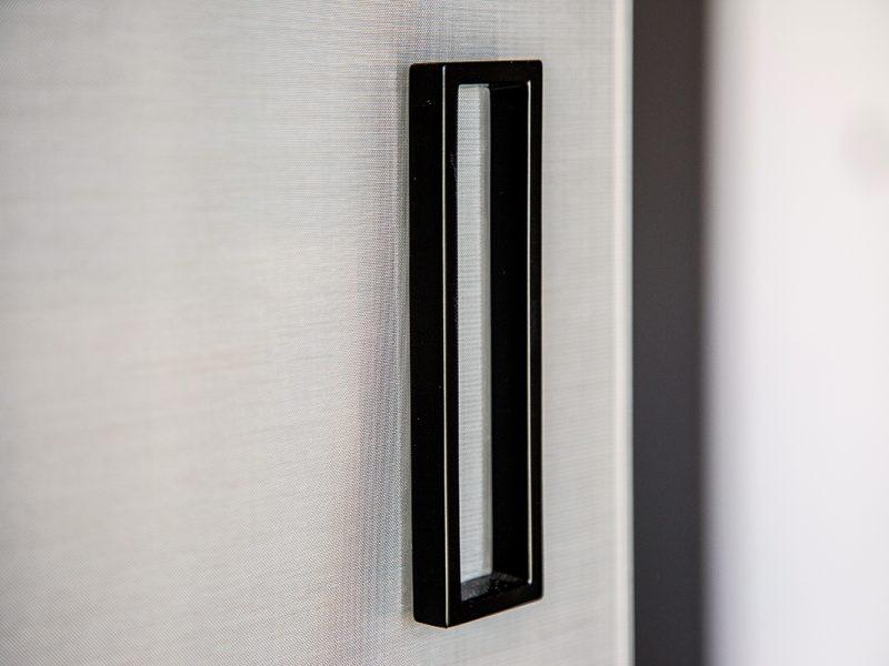 Maniglia di una porta in vetro Garofoli Berneschi infissi di Arezzo