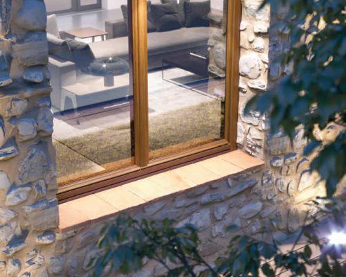 fotogallery-storica-plus-finestra-legno