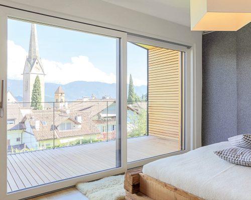 Finestre in alluminio - PVC di casa in montagna negozio di Arezzo