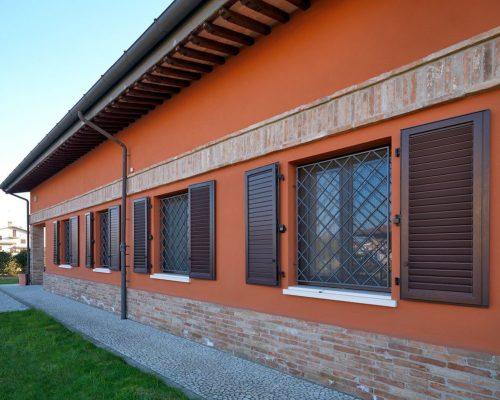 Scuroni-Eurall-esterno-Sistema-Berneschi-infissi-Arezzo